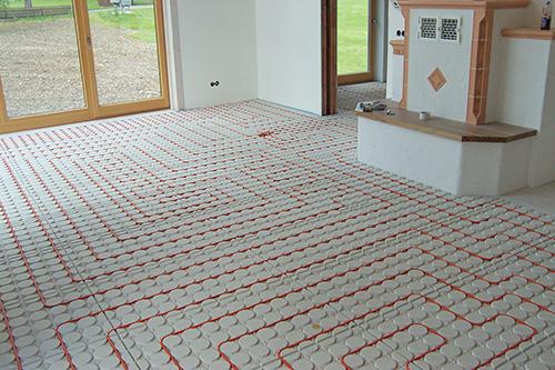 installation hochwind solar heizung sanit r elektro im. Black Bedroom Furniture Sets. Home Design Ideas